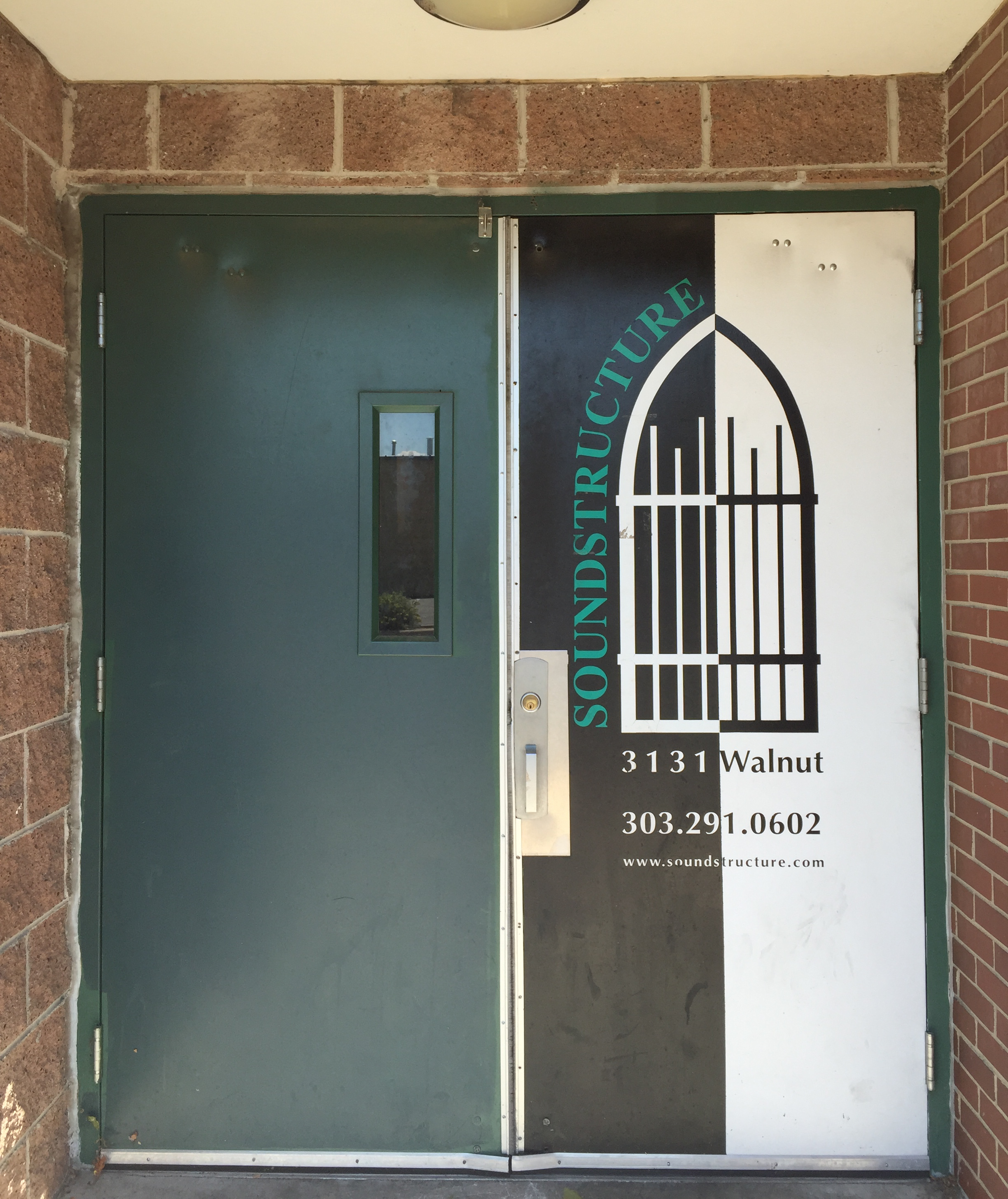 Entrance to Soundstructure Studios (on the side of the Walnut Room building)